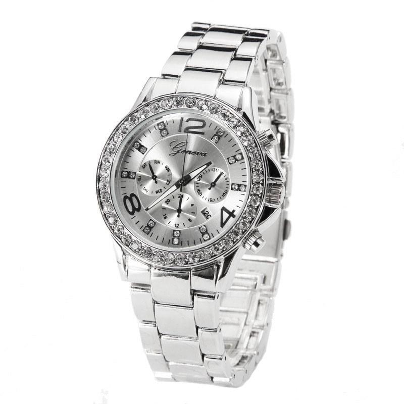 9a587efe1e7 Relógio Feminino Fashion Clássico com Cristais Analógico