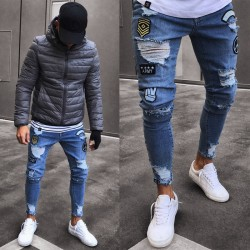 Calça SWAG Rasgada Masculina Etiquetas e Tag Custuradas Casual