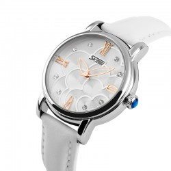 Watch Stylish Women's Fashion Silver with Crystal Quartz