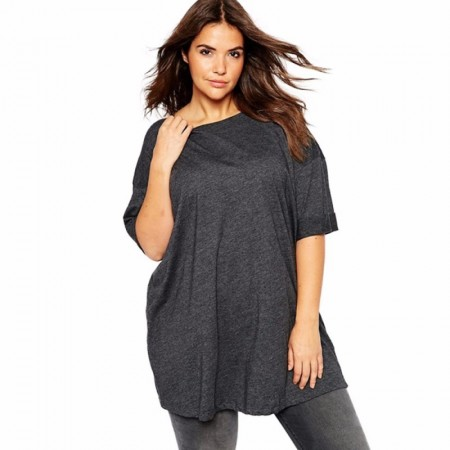 Blusa Cinza Escuro Feminina Plus Size Camiseta Casual Comprida Básica
