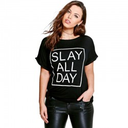 Camiseta Estampada Preta Feminina Plus Size Slay All Day Casual Emo