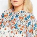 Camisa de Botões Casual Feminina Floral Plus Size Branca Colorida
