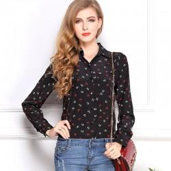 Camisa Feminina Preta de Bolinhas Fashion Estilo Casual e Passeio