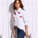 Camisa Branca Feminina Marca de Beijo Estampada Moda Jovem Adolescente