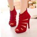 Sapato Feminino Veludo Vermelho Salto Fino Alto Bota Festa e Balada
