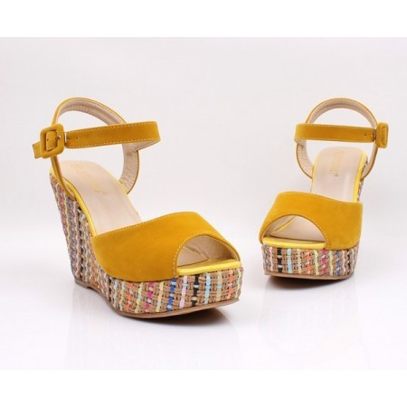Women's High Heel Sandal With Colorful Platform Decorated Open