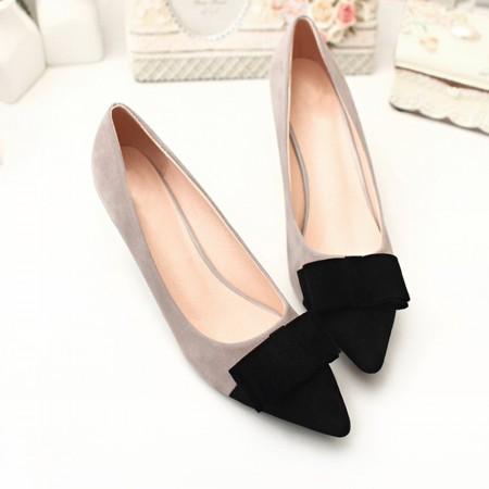 Women's Black Low-Ended Shoe With Fine Peak Social Luxury Elegant