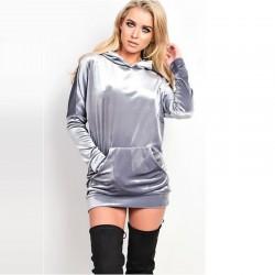 Vestido Pulôveres Moleton Feminino em Veludo Metalizado Cinza Capuz